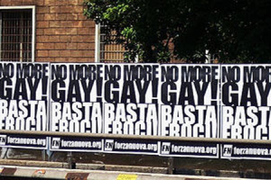 Manifesti omofobi di Forza Nuova.