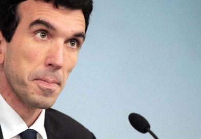 Referendum Lombardia, Martina: i cinquanta milioni siano spesi per le famiglie