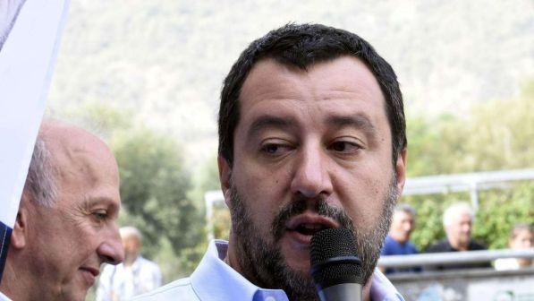 """Migranti Claviere, Salvini a Macron: """"Non accettiamo le scuse della Francia""""."""