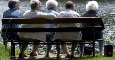 """Pensioni, ad aprile via ai """"tagli"""": ricalcolo sull'adeguamento al costo della vita."""